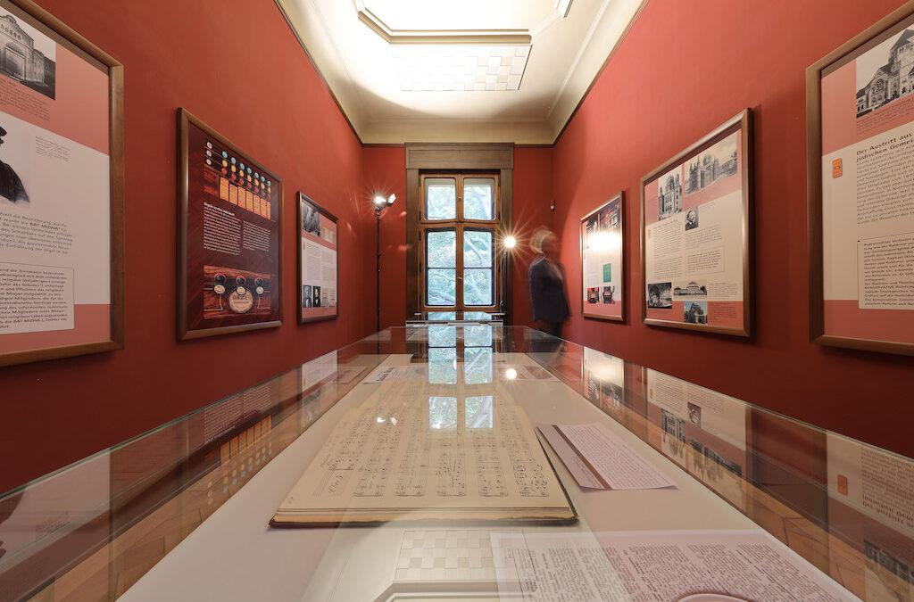 Hausführungen, Ausstellungen